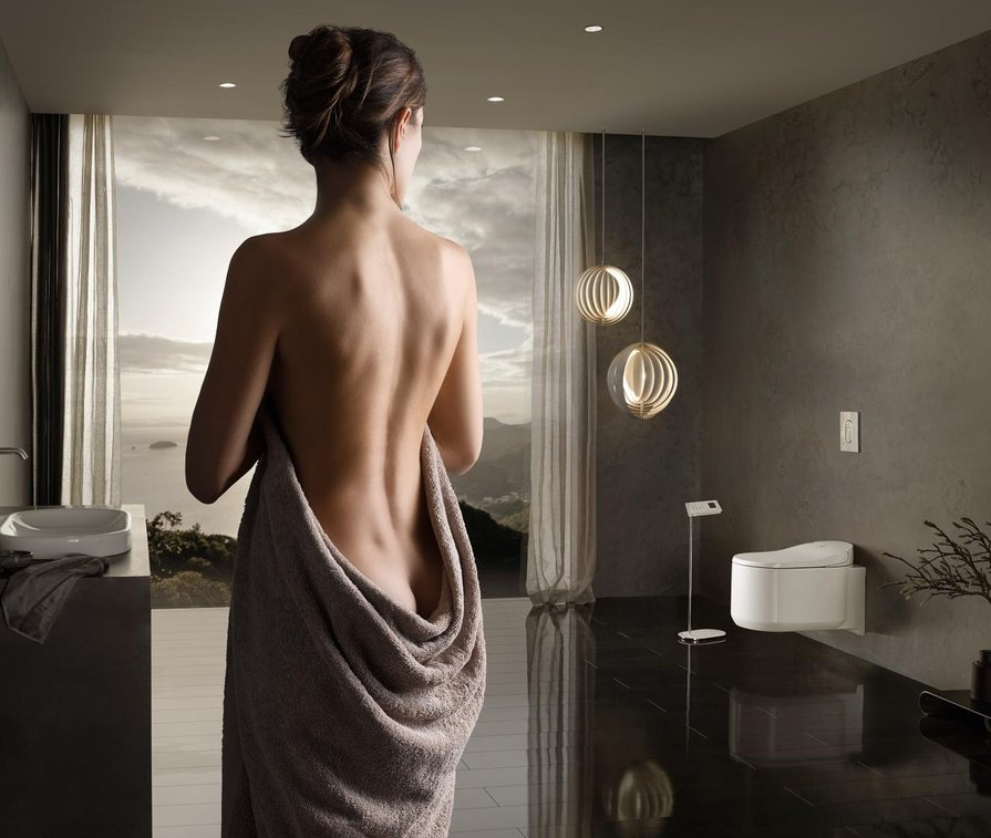 GROHE Badezimmer mit Frau